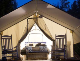 Camping vs Glamping: You choose